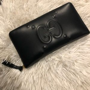 304d686239717b Women Black Gucci Continental Wallet on Poshmark